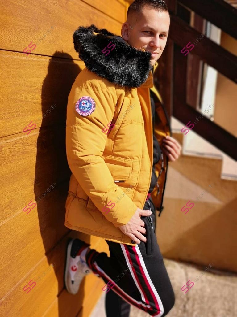 38453b409bbd Pánska prešívaná zimná bunda s kožušinou